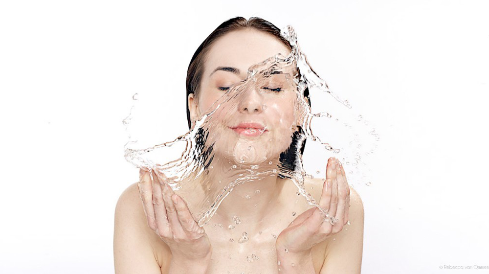 Mineral Makeup is Water Resistant