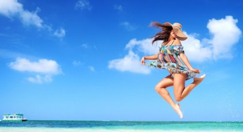Airport Offering Free Spray Tans To Beach-Seeking Travelers