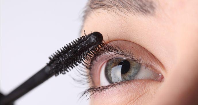 Secrets Behind The Formula Of Waterproof Mascara