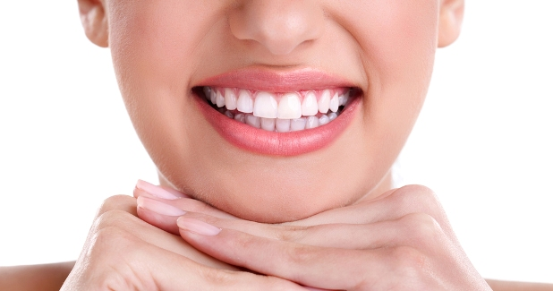 Get White Teeth For Your Wedding Day
