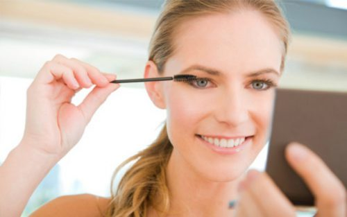 Products Suited For Young Women Beginning To Wear Makeup