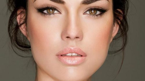 New Study Says Most Women Want Makeup That Creates Flawless-Looking Skin