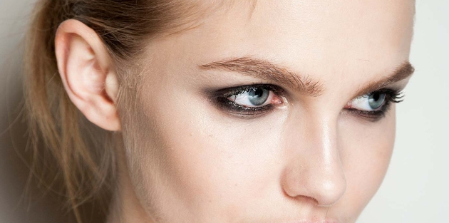 How To Help Your Eye Makeup Last
