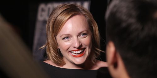 Elizabeth Moss Wows In Natural Makeup