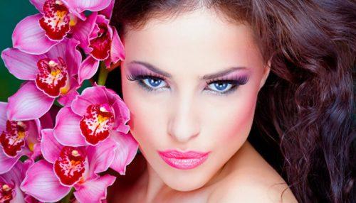 Spring Makeup Recalls A Tulipy Sheen