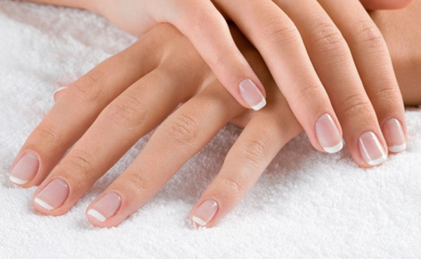 Tips For Growing Long, Healthy Nails
