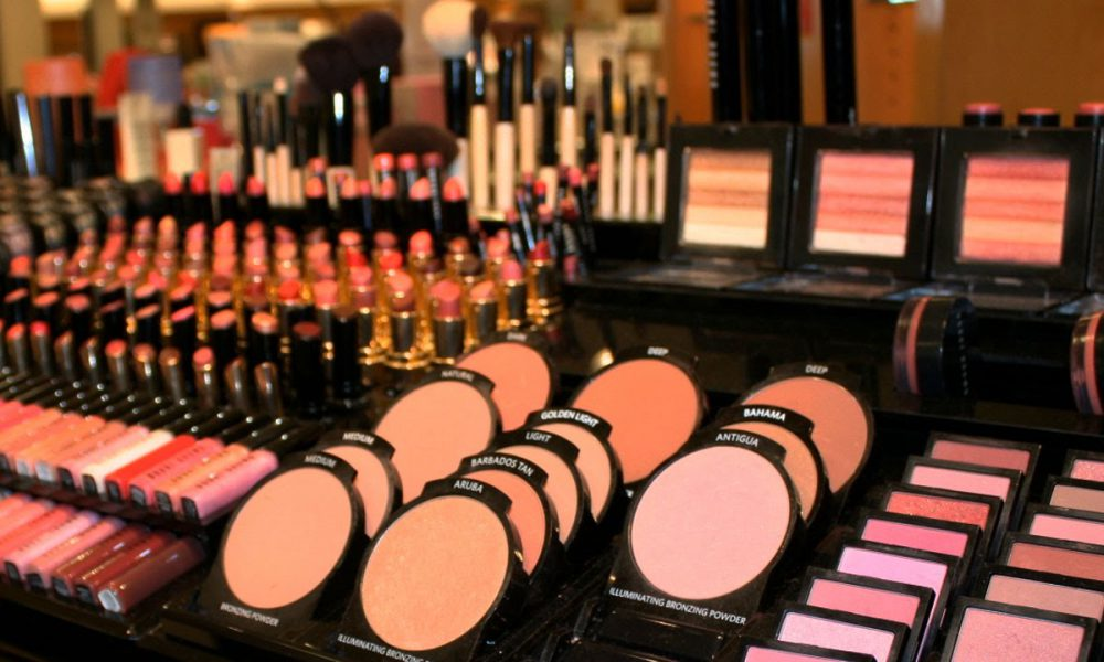 How To Shop Smarter When You Hit The Makeup Counter