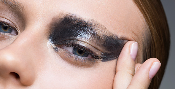 Protecting Your Skin Everyday Use Of Eye Makeup