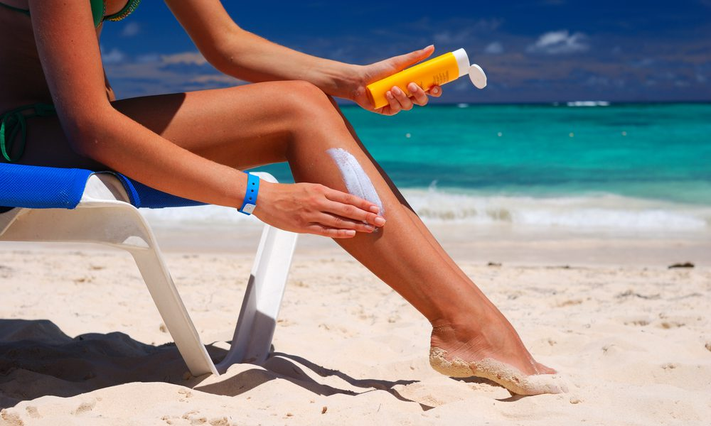 How To Apply Sunscreen Without Getting Greasy