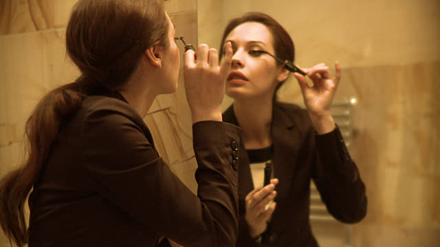 What To Do When You Don't Have Time For Your Makeup Routine
