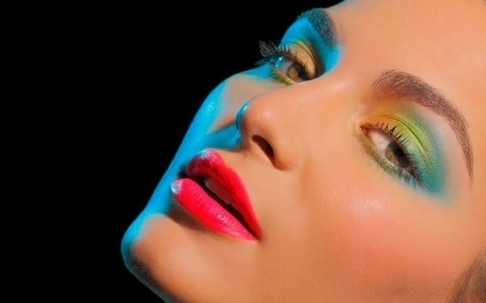 Colorful Smoky Eyes Are In For Fall