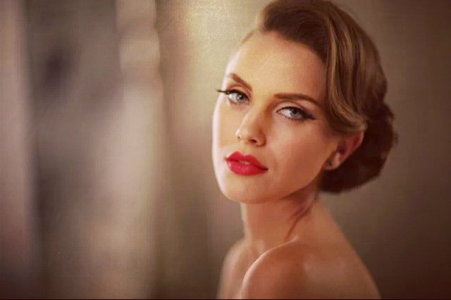 Makeup For A More Glamorous Date Night Occasion