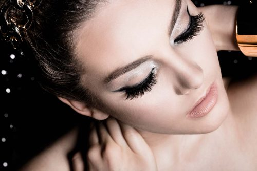 How To Maximize The Defining Effect Of Your Lashes