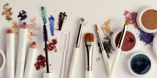 Potentially Harmful Ingredients To Avoid In Your Beauty Products