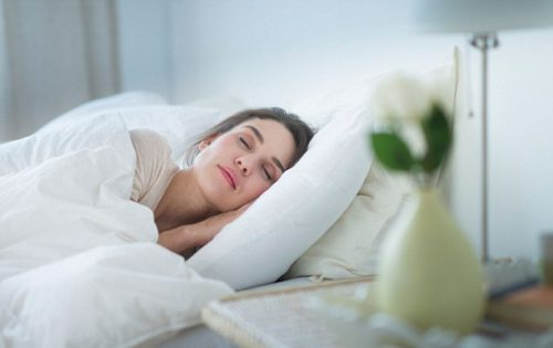 Sleep Your Way To Prettier Eyes