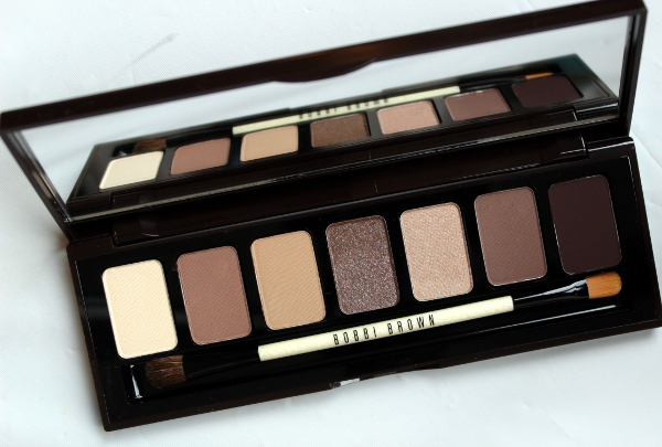 Need New Eyeshadow? Try A Glossy Brown