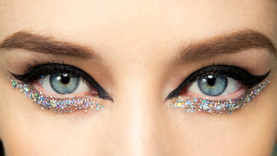 Enhance Your Eyes With Glittery Jewels For New Year's