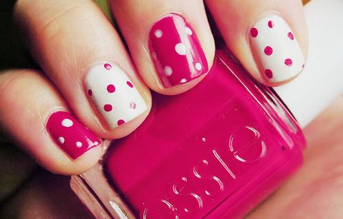 Pretty In Polka Dot Nails