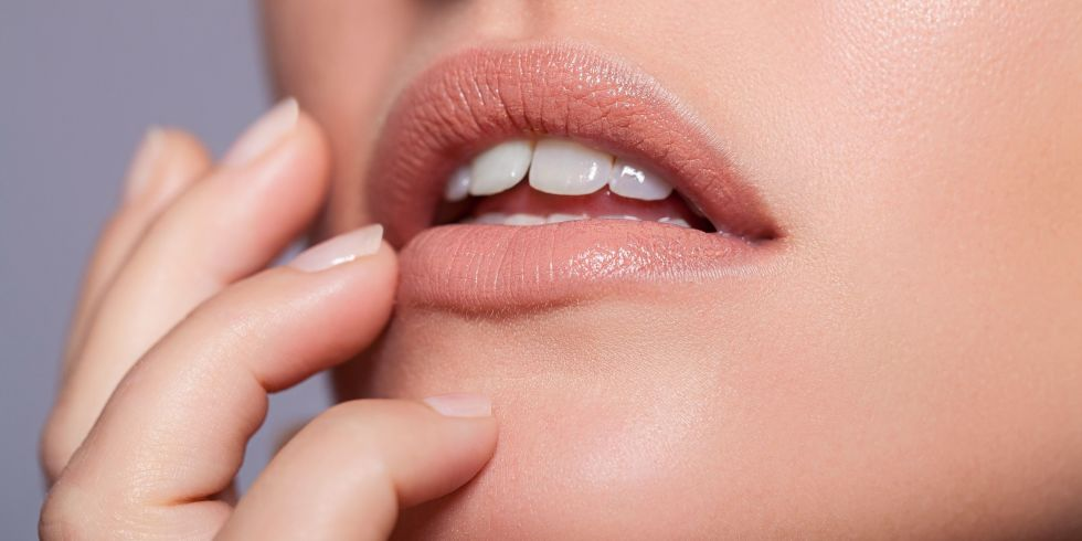 How To Pull Off A Nude Lip