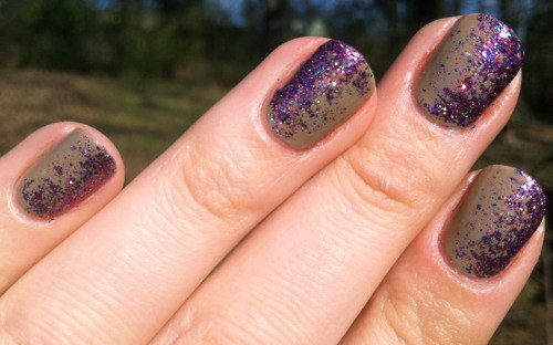 An Easy Way To Get Glitter Ombre Nails
