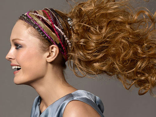 Hot Hair Accessories To Rock This Spring And Summer