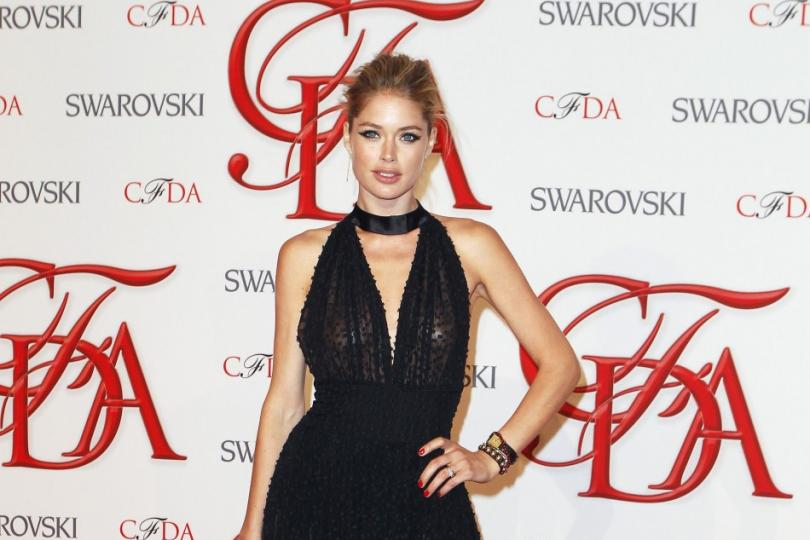 Doutzen Kroes Goes For A Cat Eye At The CFDA Awards