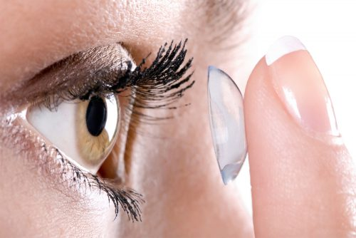 Four Eye Makeup Tips For Ladies Who Wear Contacts