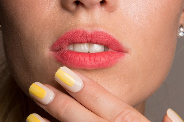 Can Subtle Color Contrasts Really Make Your Nails Stand Out?
