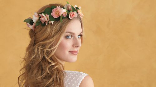 Three Ways To Bring Natural Radiance To Your Look With Flowers