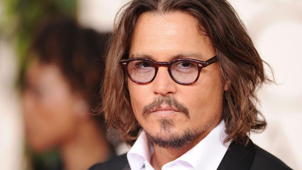 Johnny Depp Shows Off His Youthful Looks In Dark, Dramatic Eyeliner