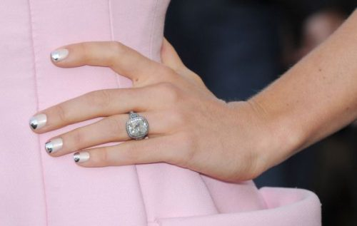 How To Copy Jessica Biel's Nails From The Total Recall Premiere