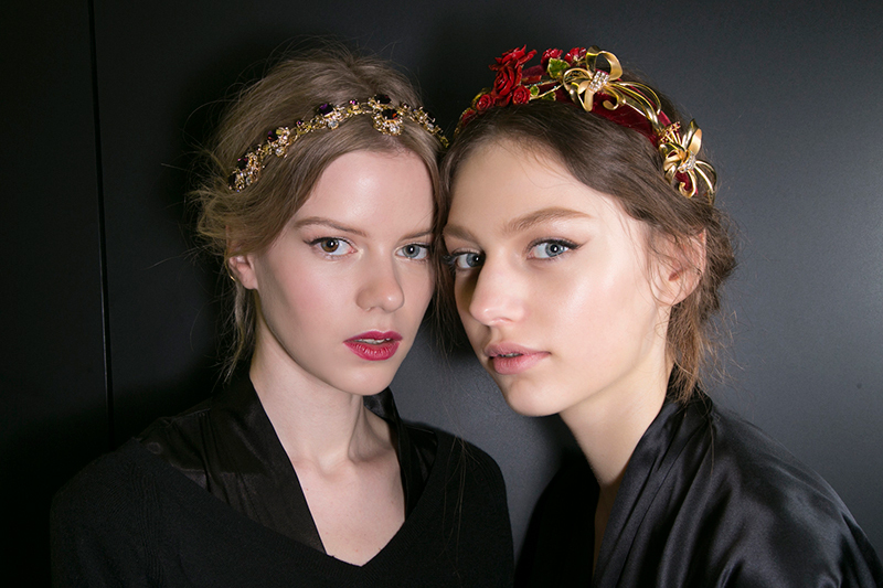 Top 5 Tips For Pulling Off Hair Accessories This Fall