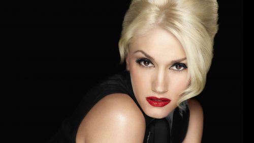 Want Gwen Stefani's Trick For Brighter, More Lifted Cheeks?