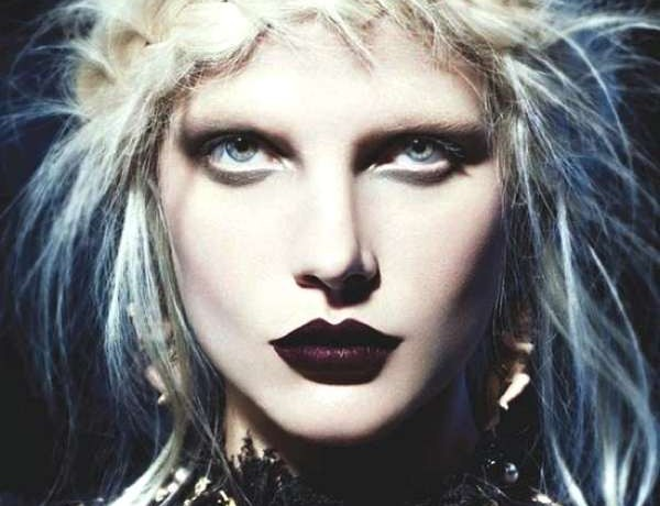 Get Frightfully Fashionable Beauty Tips For Your Halloween Costume