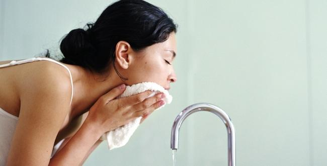 How Many Times A Day Should You Be Washing Your Face?
