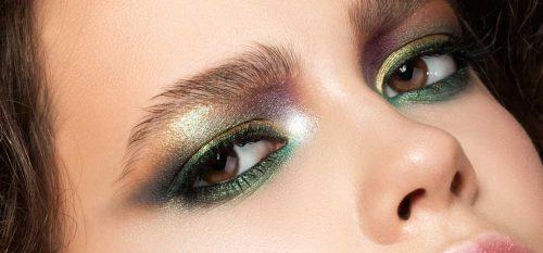 How To Use Metallic Eyeshadow To Make A Memorable Impression