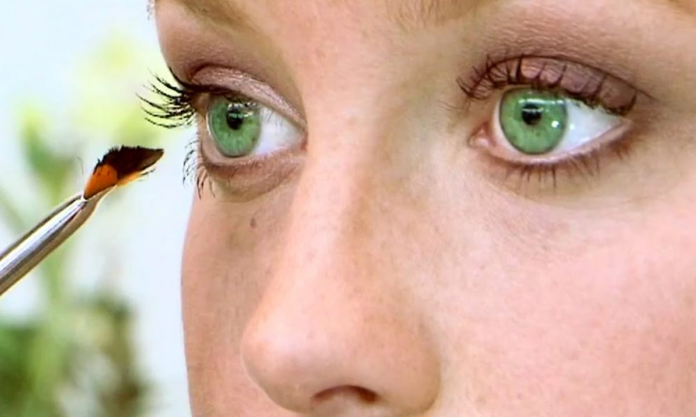 Do You Know How To Show Off Your Gorgeous Green Eyes?