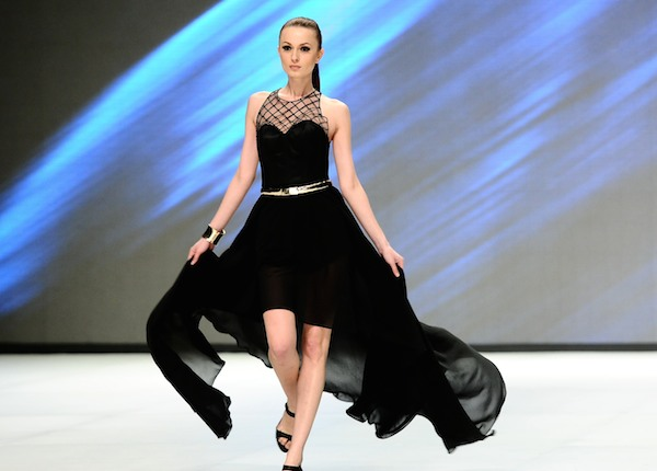 Three Easy Tips That Can Help You Look Like A Runway Model -8296