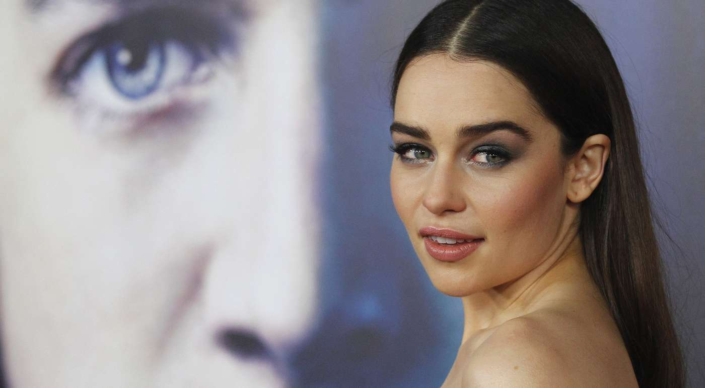 Emilia-Clarke---Premiere-Game-of-Thrones-season-3--04