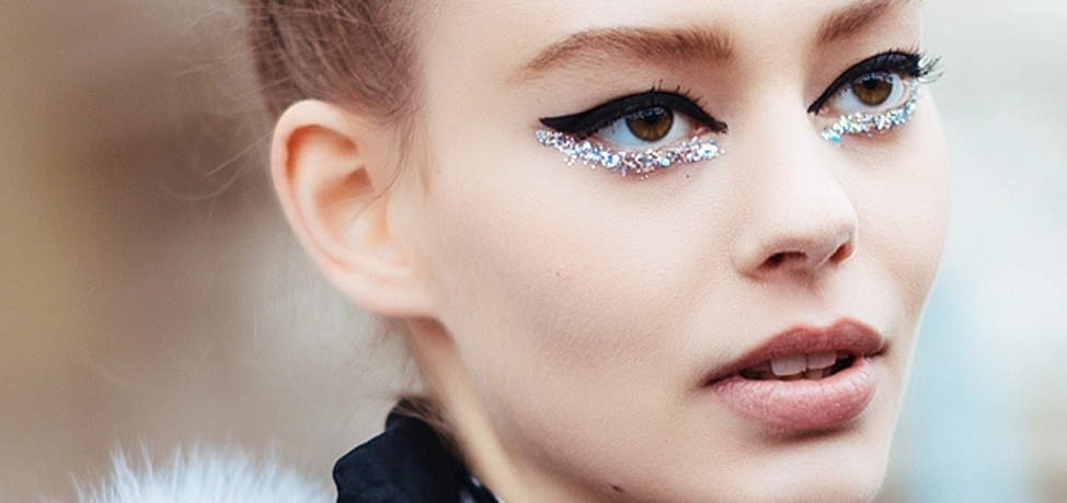 glitter-makeup-ideas-to-try