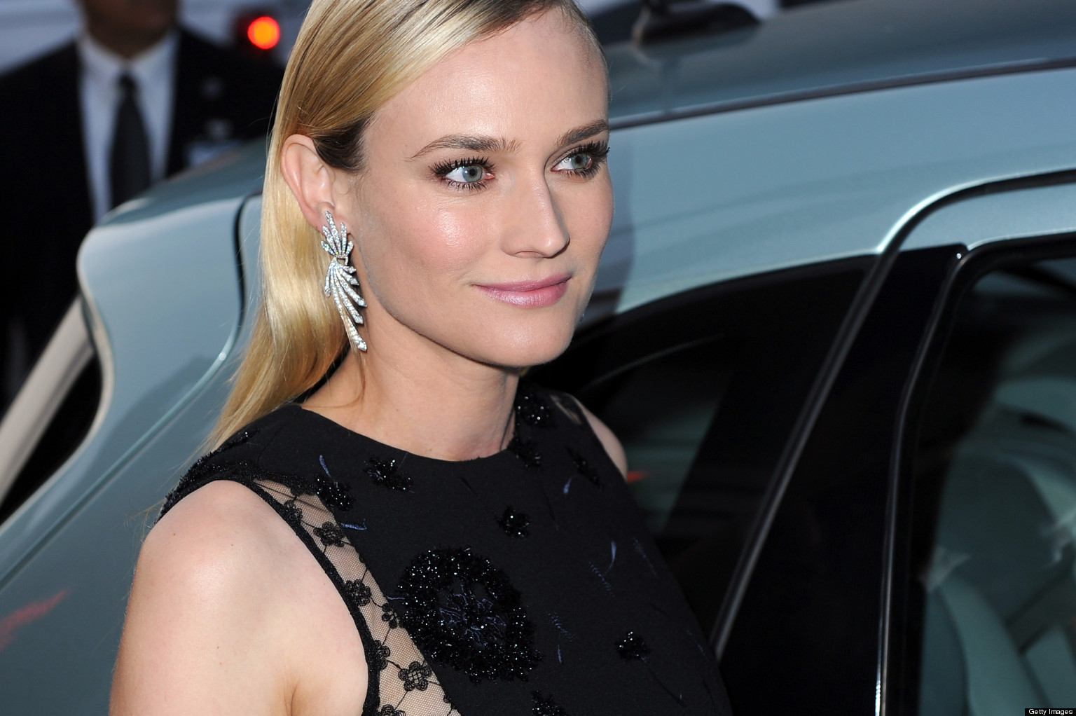Diane Kruger lets her eyes do the work at film premiere