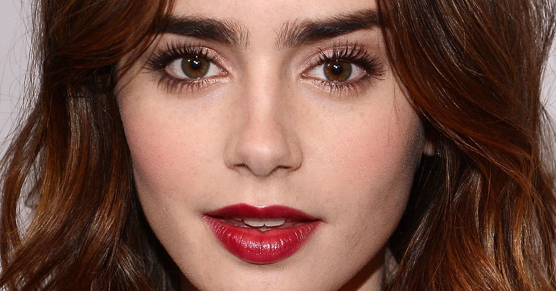 Are You Wearing Berry-Colored Lipstick Yet?