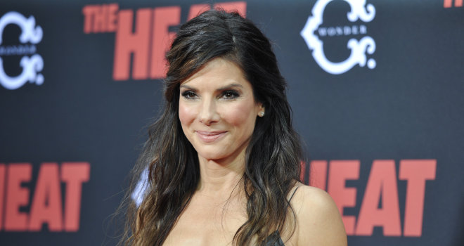 Sandra Bullock Keeps It Simple At The Premiere Of 'The Heat'