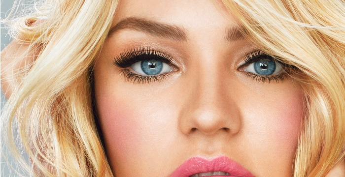 3 Hot Eyeliner Trends Worth Noting This Season