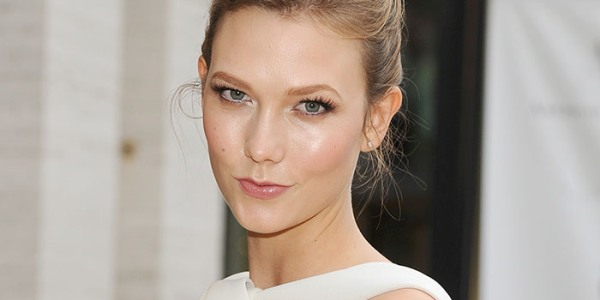How To Master Minimal Makeup