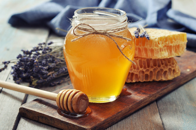 How To Use Honey In Your Beauty Regimen