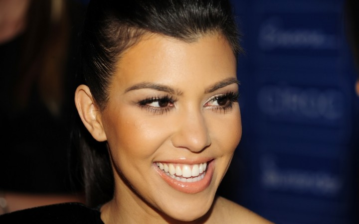 Kourtney Kardashian's 5 minute makeup routine
