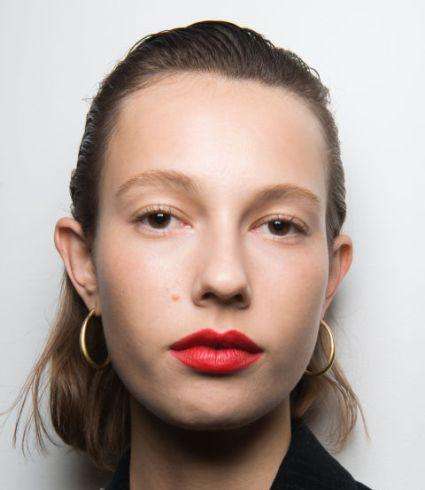 electric-velvet-lips